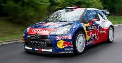 voiture-de-rallye-red-bull.jpg